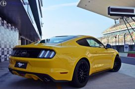 ford-mustang-india-test-drive-review-images (17)