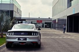 ford-mustang-india-test-drive-review-track-day-images (11)