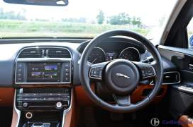 jaguar-xe-test-drive-review-steering