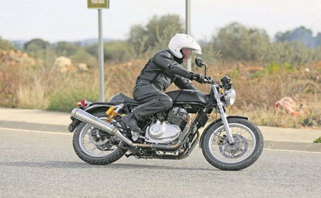 royal enfield continental gt 750 cc bike images side profile action photo
