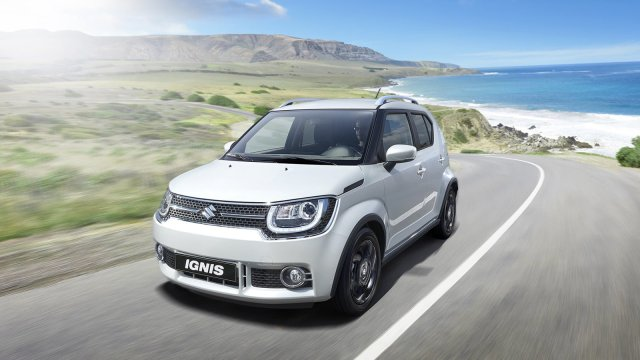 maruti-ignis-india-official-images-silver-front-angle-action-shot