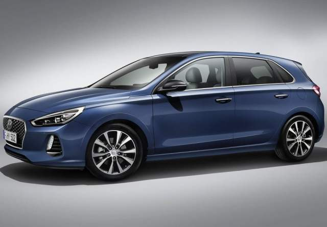 2017 Hyundai i30 India Price, Launch Date, Mileage, Specification 2017-hyundai-i30-official-images-front-side-angle