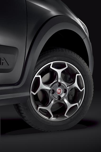 new-fiat-urban-cross-official-image-alloys