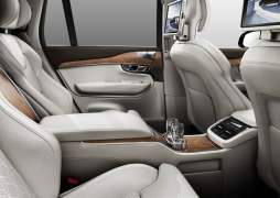 volvo-xc-90-t8-hybrid-official-image-rear-interior
