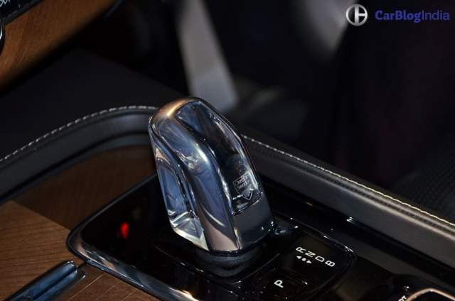 Volvo XC90 T8 Excellence India Price Rs. 1.25 crore, XC90 Hybrid SUV volvo-xc90-t8-india-launch-images-gearknob
