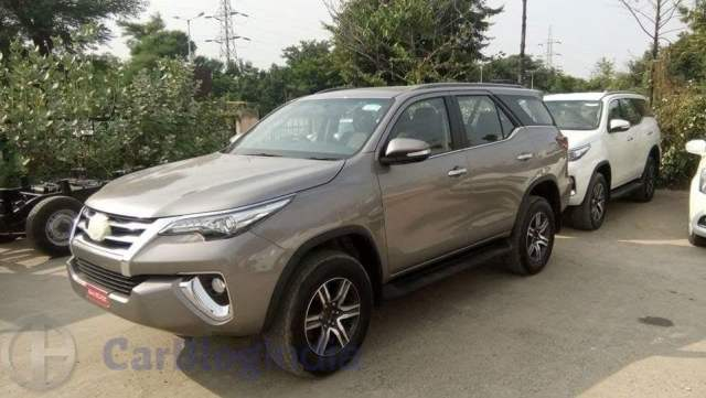 New 2016 Toyota Fortuner India Launch, Price, Release Date 2016-toyota-fortuner-india-spy-shots-front-side