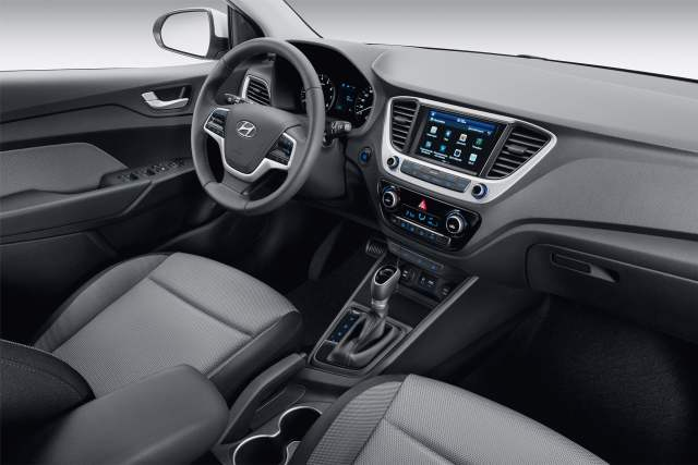 new 2017 hyundai verna india official image interiors