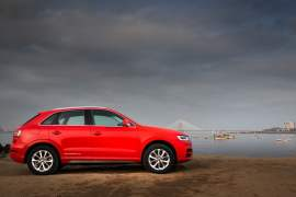 audi-q3-dynamic-edition-side