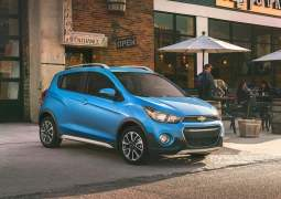 2017-chevrolet-spark-beat-activ-usa-front
