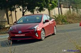 new-toyota-prius-test-drive-review-india-6
