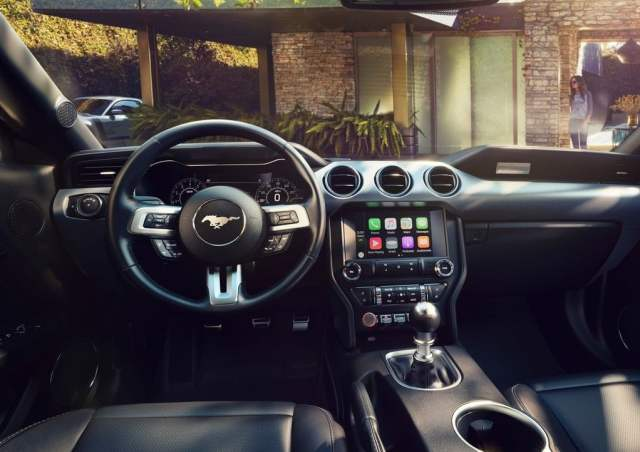 2018 ford mustang official image interiors