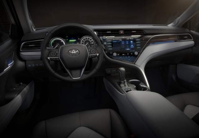 2018 toyota camry interiors official image