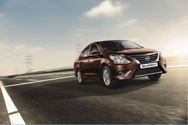 2017 nissan sunny official image