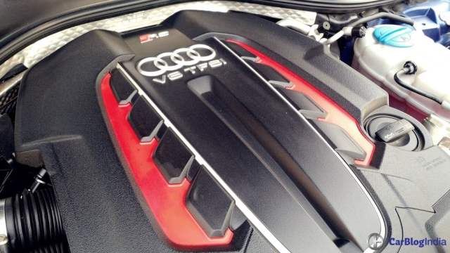 audi rs7 sportback performance review imgaes engine