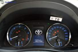 2017 toyota corolla altis test drive review instrument console