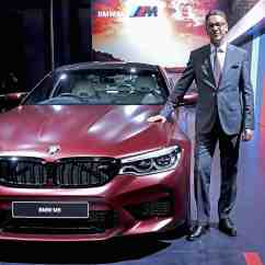All New Vellfire 2018 Grand Veloz Spek Bmw M5 Launched In India At Auto Expo Price