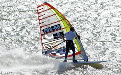 High Speed Windsurfing at Luderitz