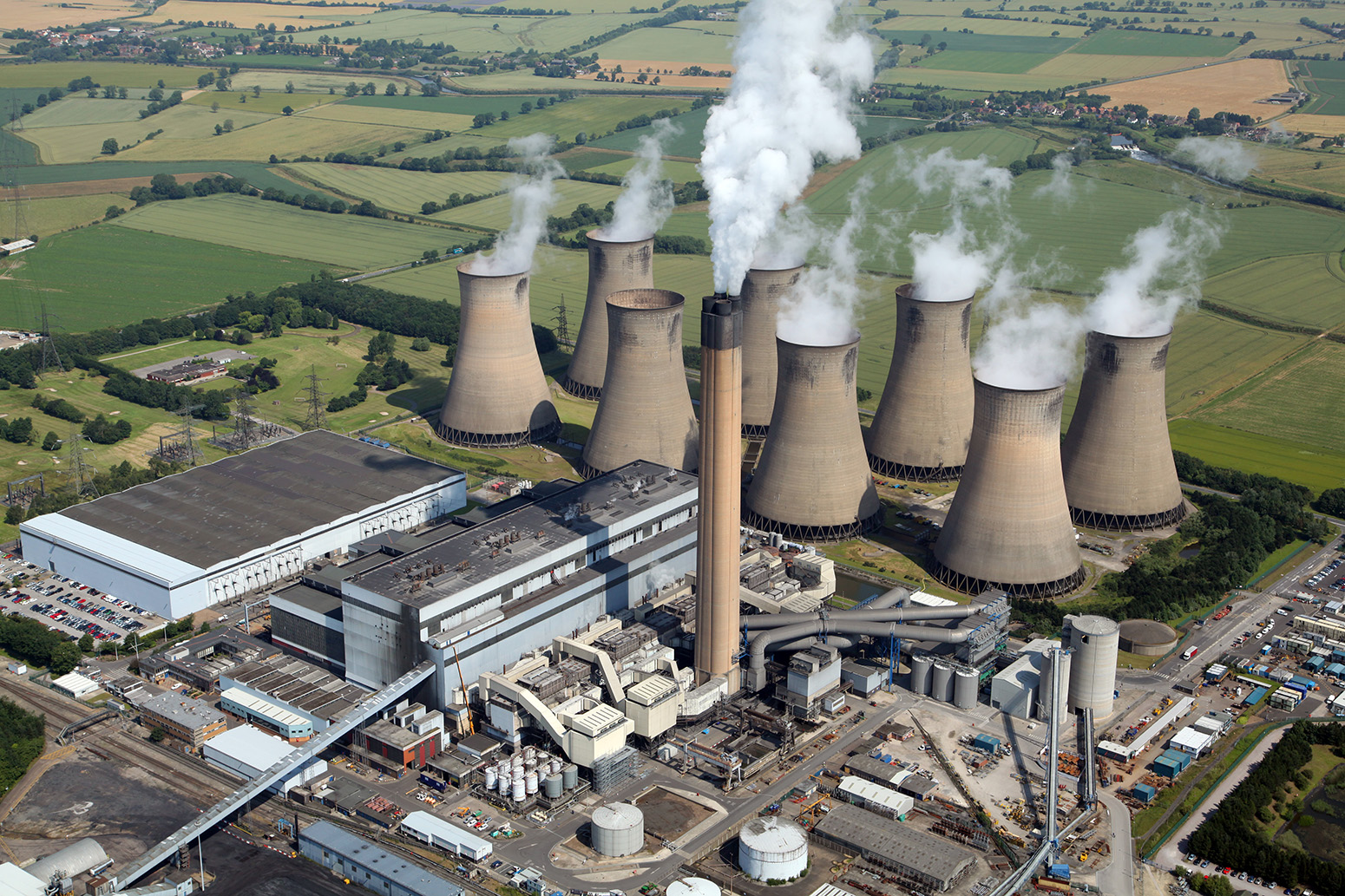 five charts show the historic shifts in uk energy last
