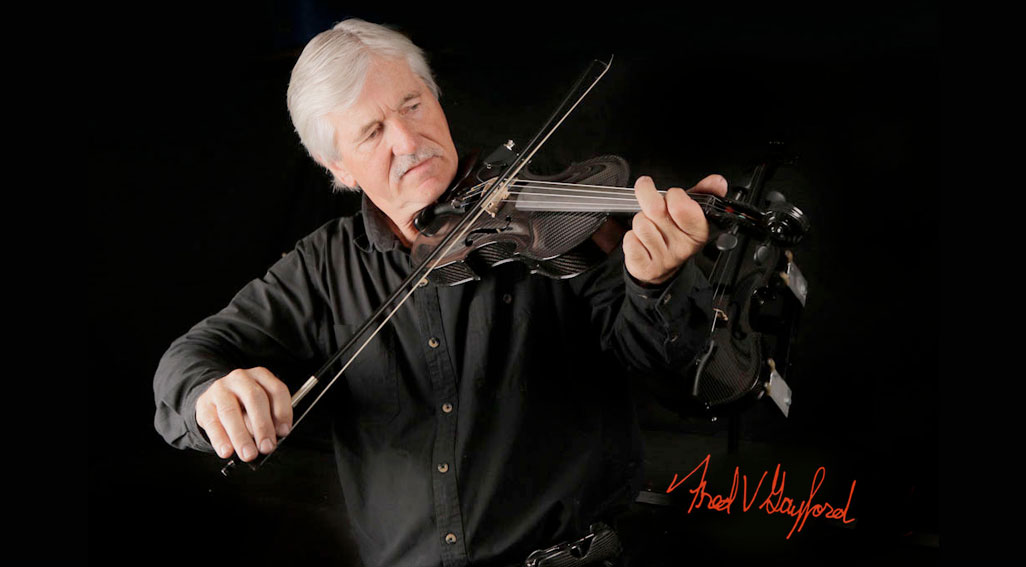 Fred Gayford plays his Carbon Fiber Viiolin