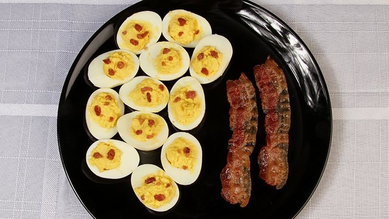 Low-Carb Bacon Deviled Eggs Recipe