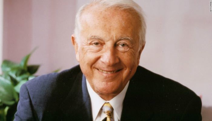 Dr. Robert Atkins Low-Carb Nutrition