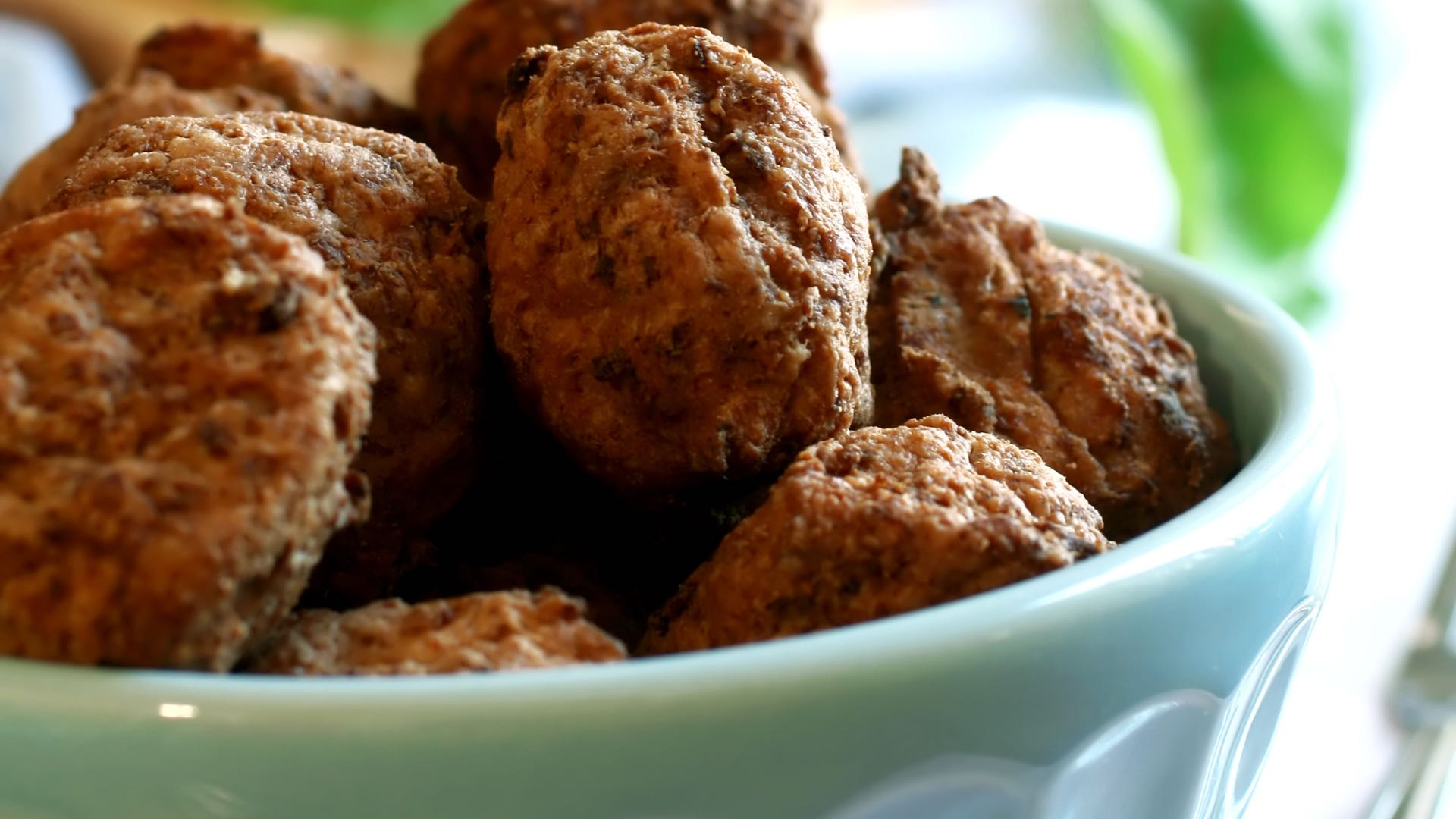 Budget Low Carb - Mountains of Low-Carb Meatball Recipes