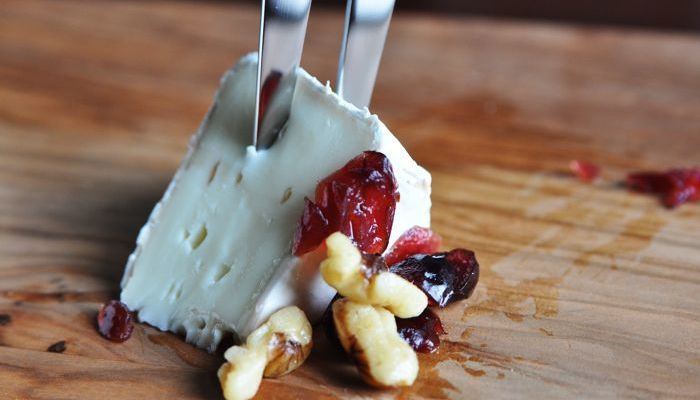 Cranberry Walnut Brie Gluten-Free Low-Carb Appetizer Recipe