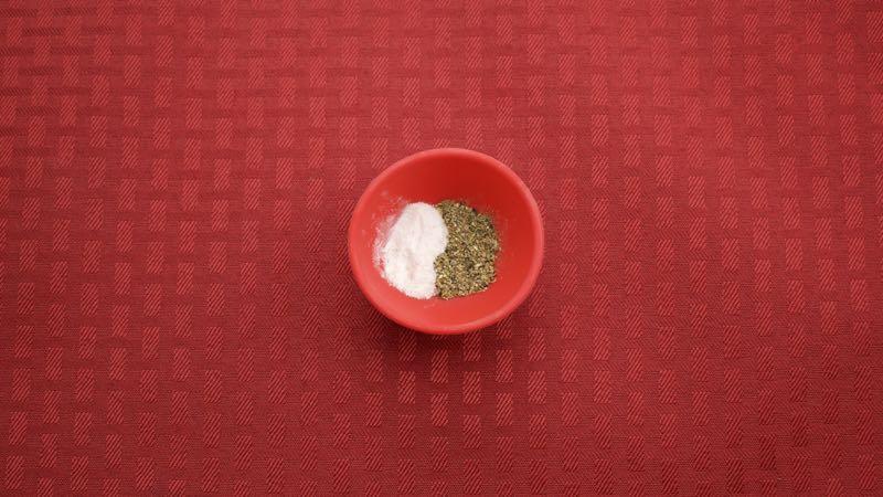 Low-Carb Green Eggs and Ham Recipe - Salt & Pepper