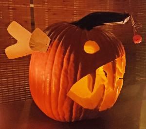 anglerfish-jack-o-lantern-pumpkin-2 (carbwarscookbooks.com)