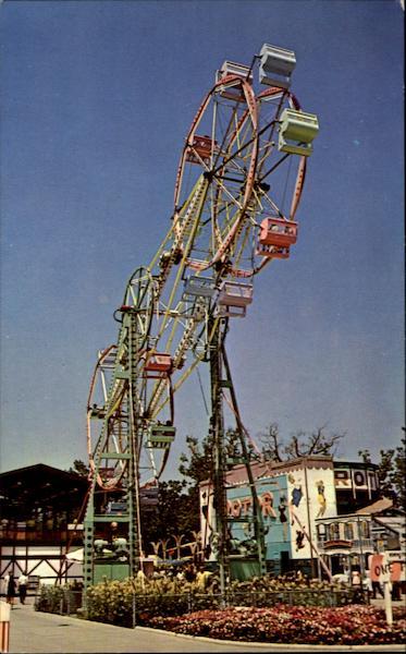 Giant Sky Wheel Or Double Ferries Wheel Sandusky OH