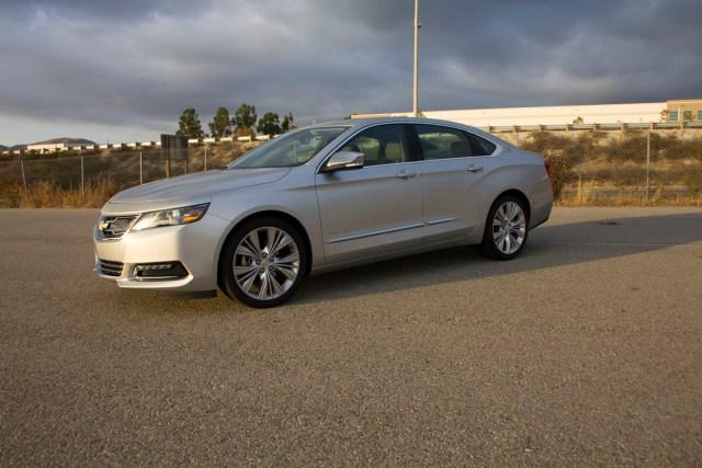 2014_Chevrolet_Impala_005