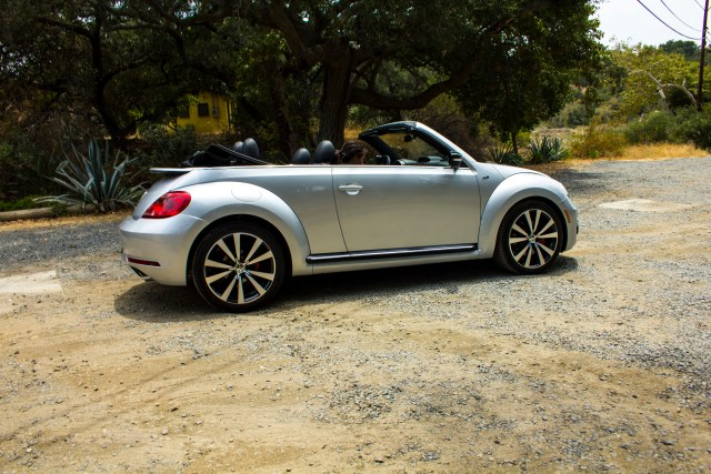 2014_VW_Beetle-Convertible_RS_041_1