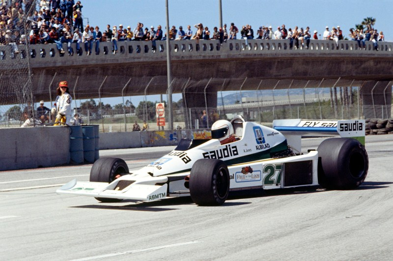 Long Beach, USA, 31st March - 2nd April 1978. Alan Jones in the Williams FW06-Ford. Action. Photo: LAT Photographic/Williams F1.  Ref: 1978williams01