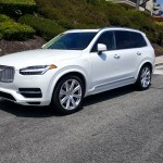 2016_Volvo_XC90_T8_Inscription_001