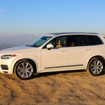 2016_Volvo_XC90_T8_Inscription_017