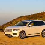2016_Volvo_XC90_T8_Inscription_055
