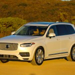 2016_Volvo_XC90_T8_Inscription_056