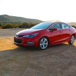 2016_Chevrolet_Cruz_RS_005