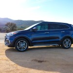 2016_Hyundai_SantaFe_Limited_Ultimate_002