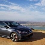 2018_VW_Golf_GTI_009
