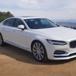 2018_Volvo_S90_T8_Inscription_035