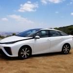 2018_Toyota Mirai_Fuel_Cell_015