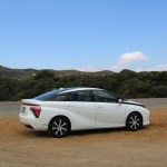 2018_Toyota Mirai_Fuel_Cell_026