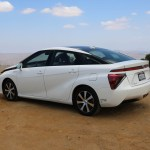 2018_Toyota Mirai_Fuel_Cell_034