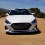 2018_Hyundai_Sonata_Hybrid_005