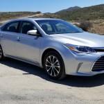2018_Toyota_Avalon_Hybrid_011