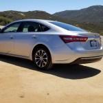 2018_Toyota_Avalon_Hybrid_059