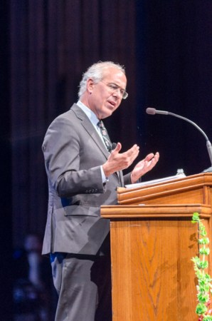 David Brooks engages the crowd at the 18th annual Scholarship Banquet. | Photo by David Parks, staff photographer