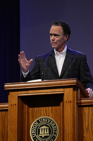 Ernest Easley, professor of evangelism, spoke in chapel Friday. | Photo by Elizabeth Wilson, staff photographer