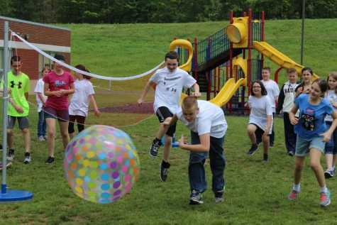 DCC Elementary Students Have a Great Time at School Picnic
